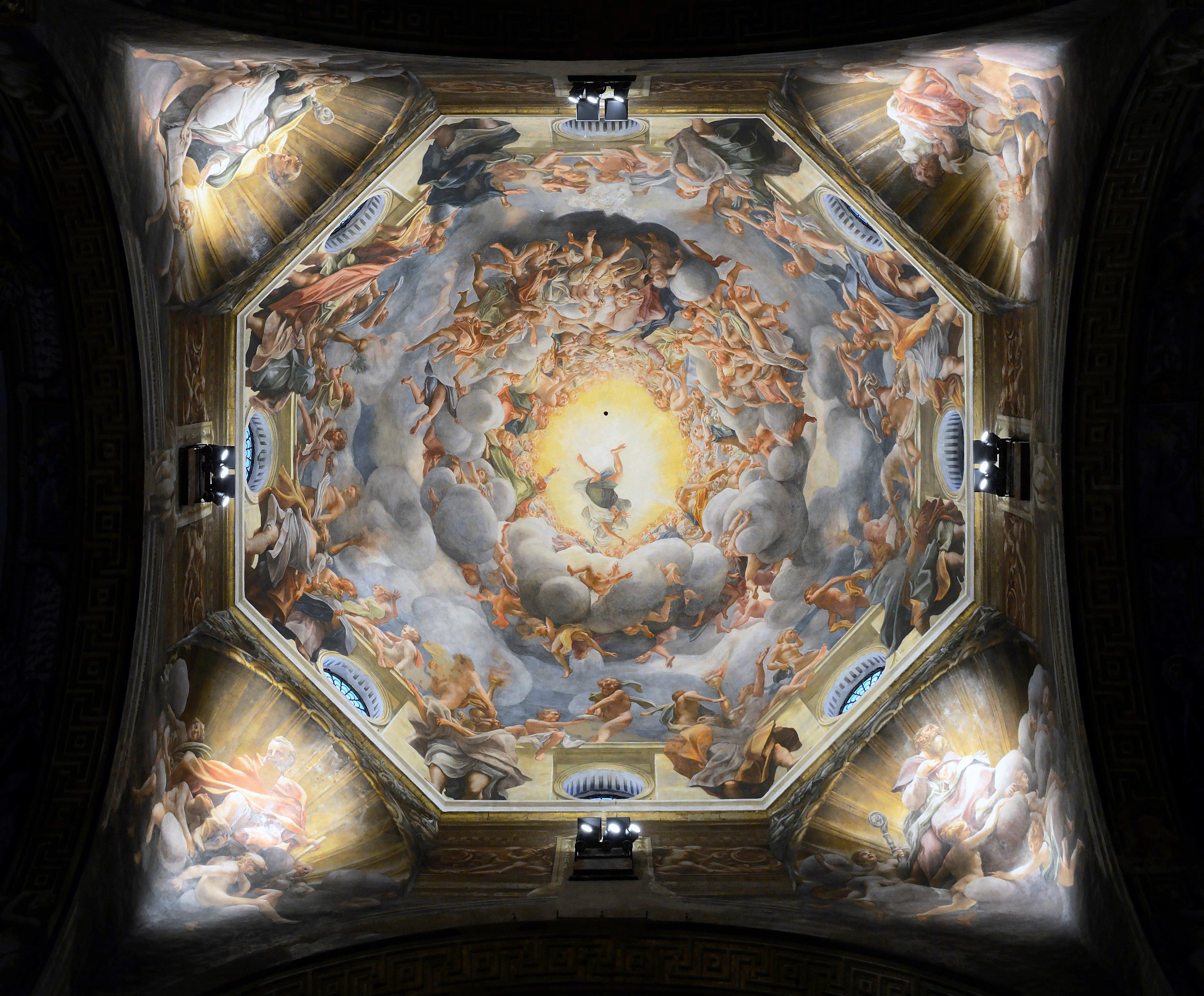 Cathedral_(Parma)_-_Assumption_by_Correggio
