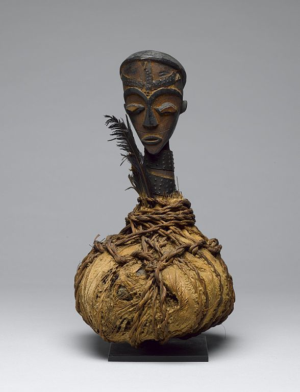 588px-Brooklyn_Museum_74.121.7_Reliquary_Guardian_Figure_Boumba_Bwiti