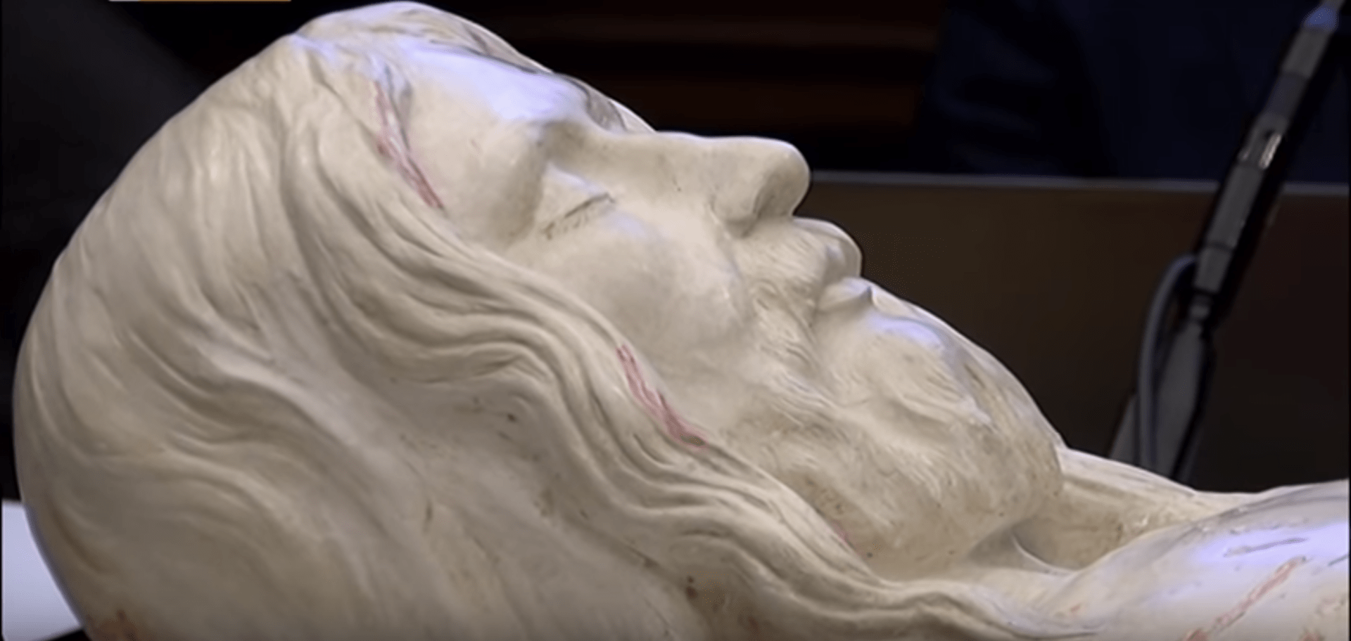 Professor Creates 3D Image of Christ from Shroud of Turin