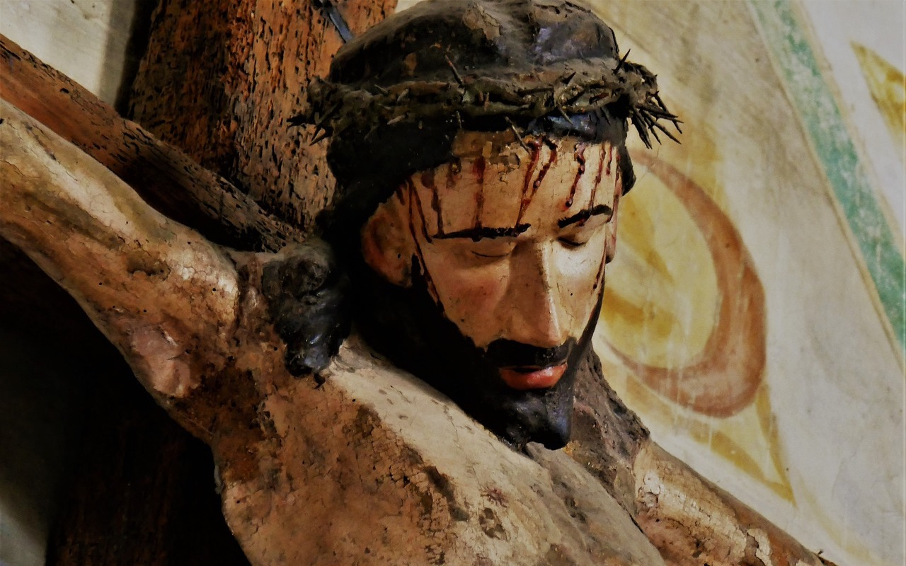 Fulton Sheen's Last 'Good Friday' Homily: Spectators On and About the Cross