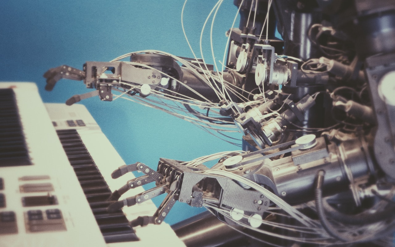 4 Major Differences Between Human and Artificial Intelligence
